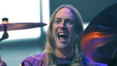 "Danny Carey (Tool) Says He Originally Wanted To Try To Make The Album ""One Giant Song"""