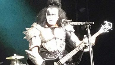 """KISS bassist Gene Simmons thanked fans and said: """"We had a ball"""""""