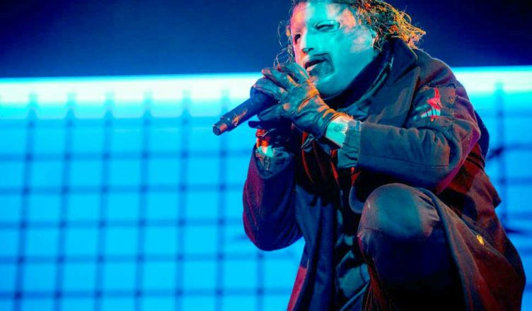 """Slipknot """"We Are Not Your Kind"""" Passed Milestone Record"""