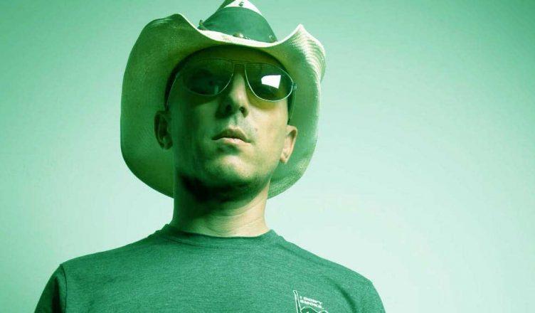 Tool's Maynard James Keenan Respond A Fan Who Refuse to Listen 'Fear Inoculum'